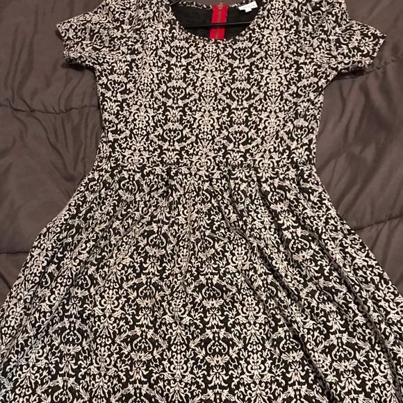 LuLaRoe Dresses & Skirts - Amelia dress by LuLaRoe. Only worn once.